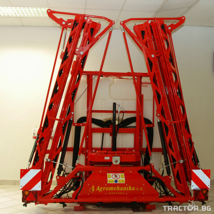 Пръскачки Навесна щангова пръскачка Agromehanika 1200 л. 7 - Трактор БГ