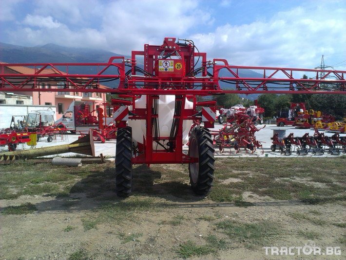 Пръскачки Щангова пръскачка Agromehanika AGS 2500 EN HP 3 - Трактор БГ