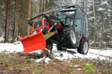 Agromehanika AGT 835  Горска специализирана версия трактори