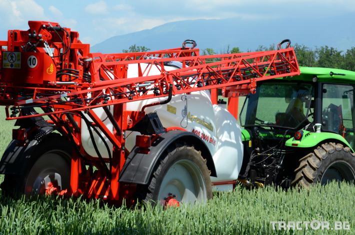 Пръскачки Пръскачка AGROMEHANIKA, модел AGS 2500/3000 EN-HP с 18, 21 и 24 метра 0 - Трактор БГ