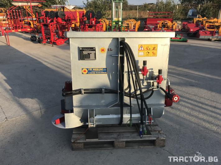 Машини за лозя / овошки Самонатоварващ разпръсквач на оборски тор и компост MERLINI (Italy) 0 - Трактор БГ