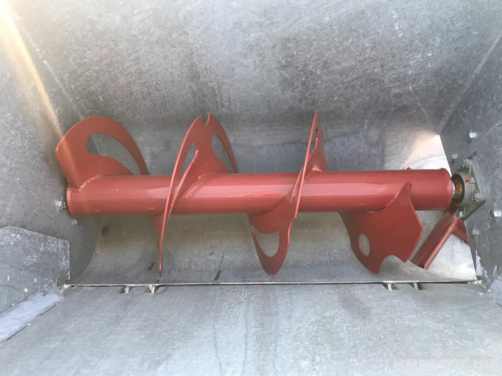 Машини за лозя / овошки Самонатоварващ разпръсквач на оборски тор и компост MERLINI (Italy) 2 - Трактор БГ