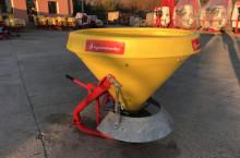 Зимен Разпръсквач на сол и пясък - Agromehanika - AG 400