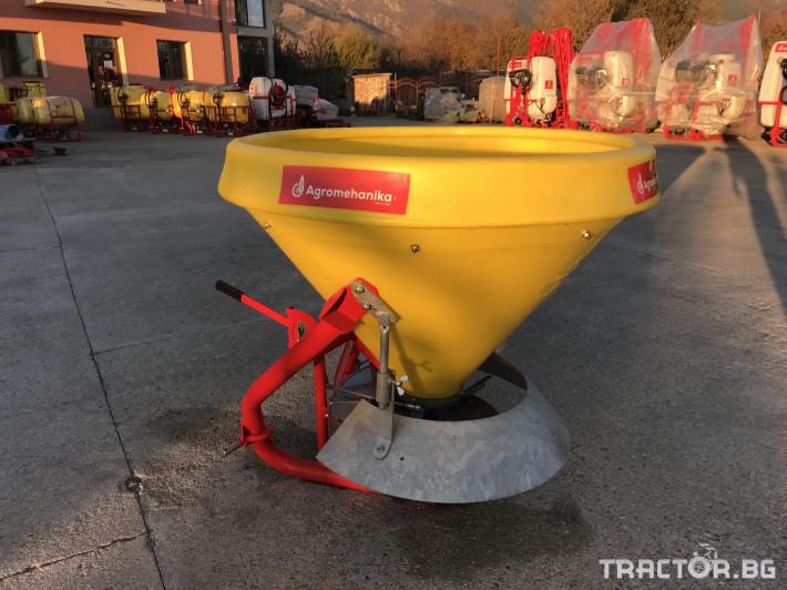 Техника за почистване Зимен Разпръсквач на сол и пясък - Agromehanika - AG 400 0 - Трактор БГ