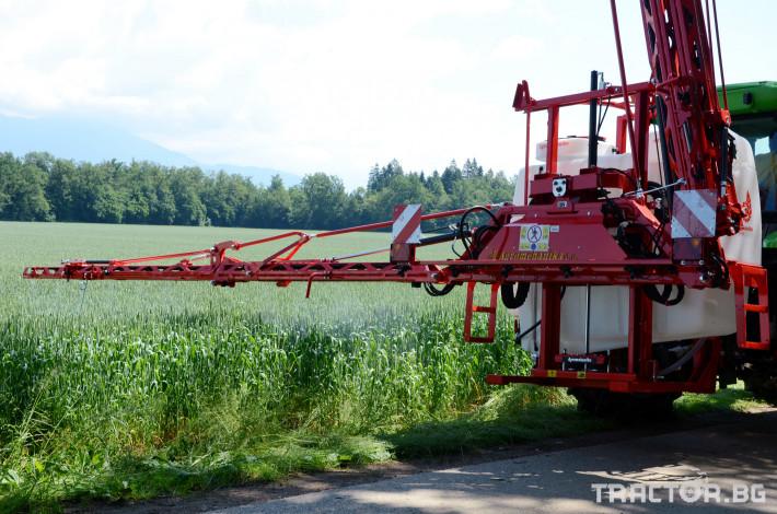 Пръскачки Agromehanika Пръскачка, модел AGS 1200 EN с 18 метра щанга 3 - Трактор БГ